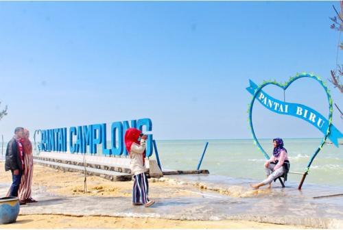 wisata-pantai-camplong-tempat-berlibur-dan-bermain-bersama-keluarga_m_81274